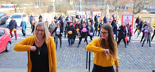 One Billion Rising Aktion vor der Kirchenverwaltung 2019